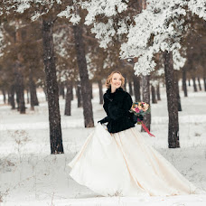 Wedding photographer Evgeniy Semenov (SemenovSV). Photo of 30.01.2017