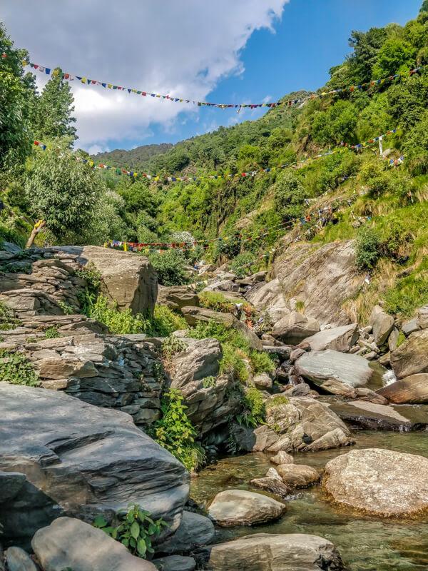 bhagsunag+waterfall+bhagsu+village+himachal+pradesh