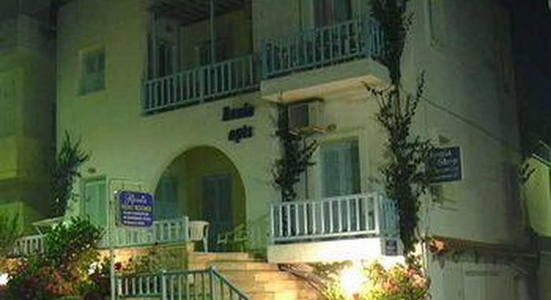 Renia Hotel-Apartments