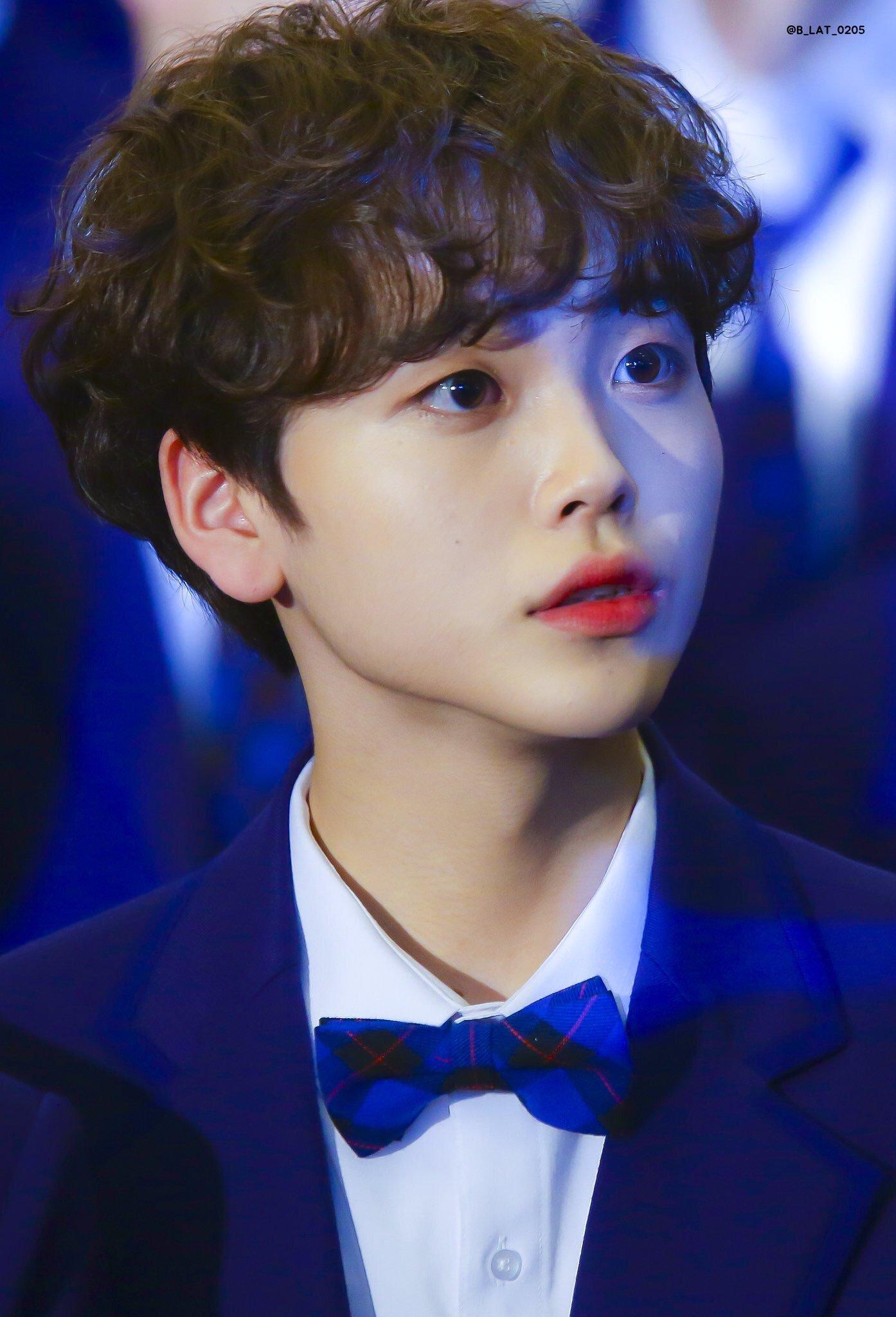 produce-x-101-song-hyeongjun-noona-5