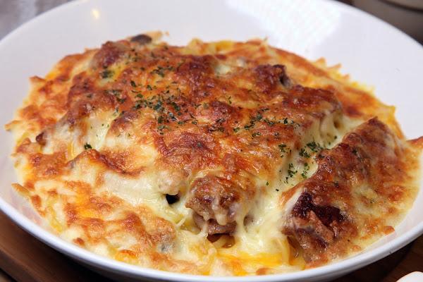 台南美食-伊甸風味館~原來我們與地中海的距離如此近|平價義大利麵&創意起司焗蛋吃過沒⁉