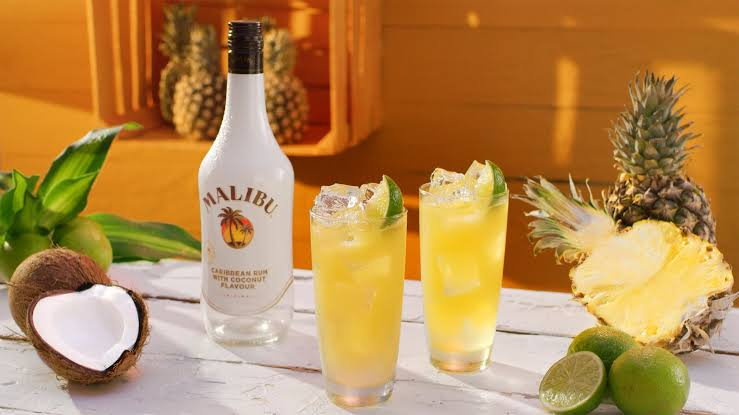 drinks-that-dont-taste-of-alcohol_Malibu_Rum_With_Pineapple_Juice