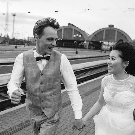 Wedding photographer Nazariy Karkhut (Karkhut). Photo of 19.01.2018