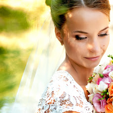 Wedding photographer Yuliya Bondarenko (BondJulya). Photo of 30.10.2014
