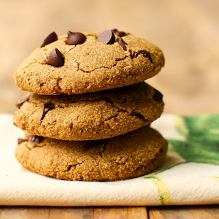 Oat Flour Chocolate Chip Cookies.