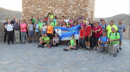 Casi 60 senderistas completan la ruta de Líjar
