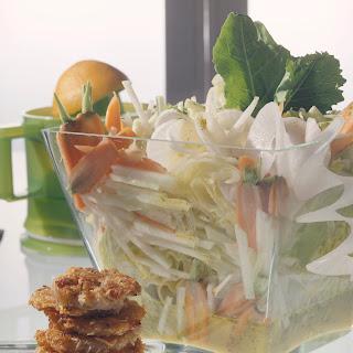 Vital Salat mit Orangen-Senf-Dressing