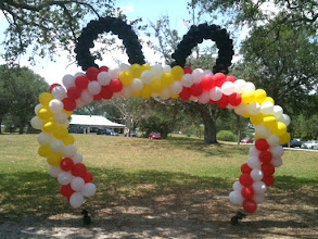 Photo: Mickey Ears Balloon Arch created by Paola of www.BestPartyPlanner.net location CB Smith Park, Pembroke Pines, FL