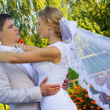 Wedding photographer Sveta Semenova (dara4578). Photo of 15.09.2015