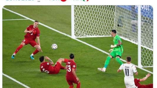 Hasil EURO 2020 - Kemenangan 3-0 Timnas Italia Diwarnai Kejadian Bersejarah - Bolasport.com