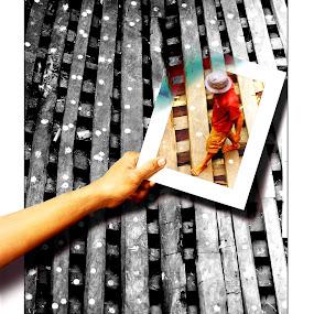 Frame of life by Tigor Lubis - Digital Art People ( #indonikon, #officialnikonteam, #nikon, #artphoto, #humaninterest )