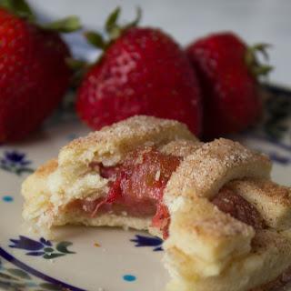 Strawberry Rhubarb Pie Cookies.