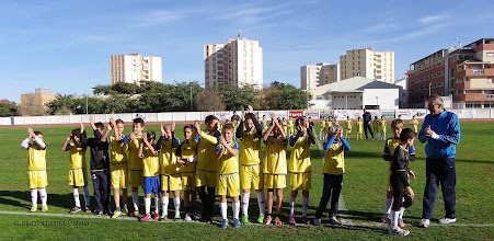 """Photo: Isla Cristina F.C. Alevín """"B"""" Entrenadores, Miguel Ángel Peña y Juan Antonio Cáceres """"El Galleta"""""""