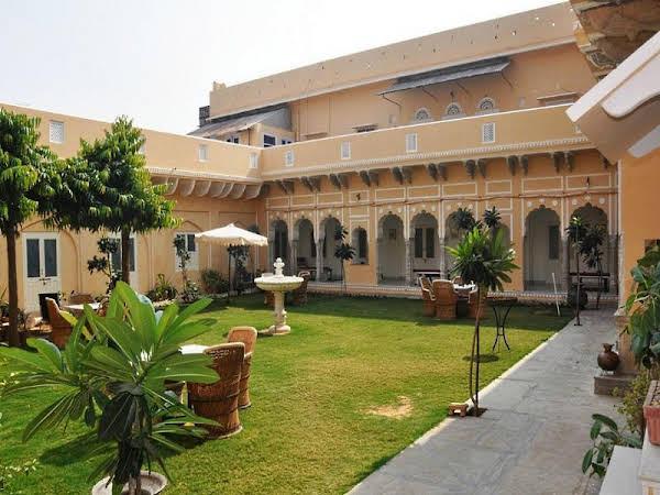 Castle Khandela