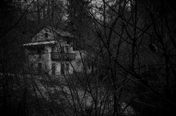 mystery house di alessandro_bello