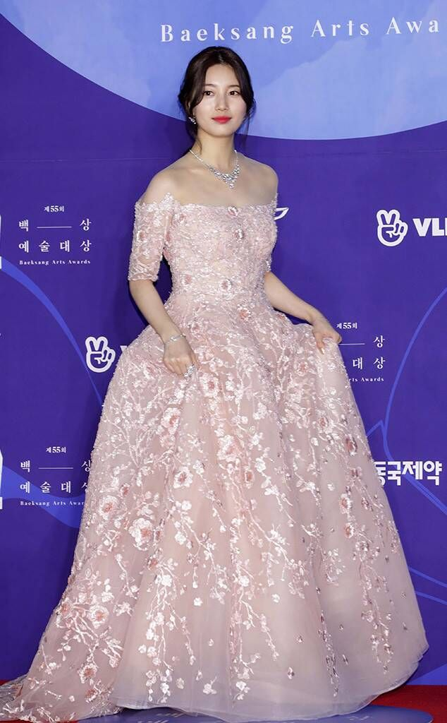 suzy gown 4