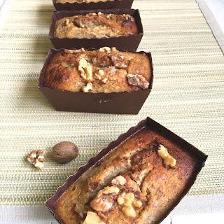 BANANA & WALNUT MINI CAKES