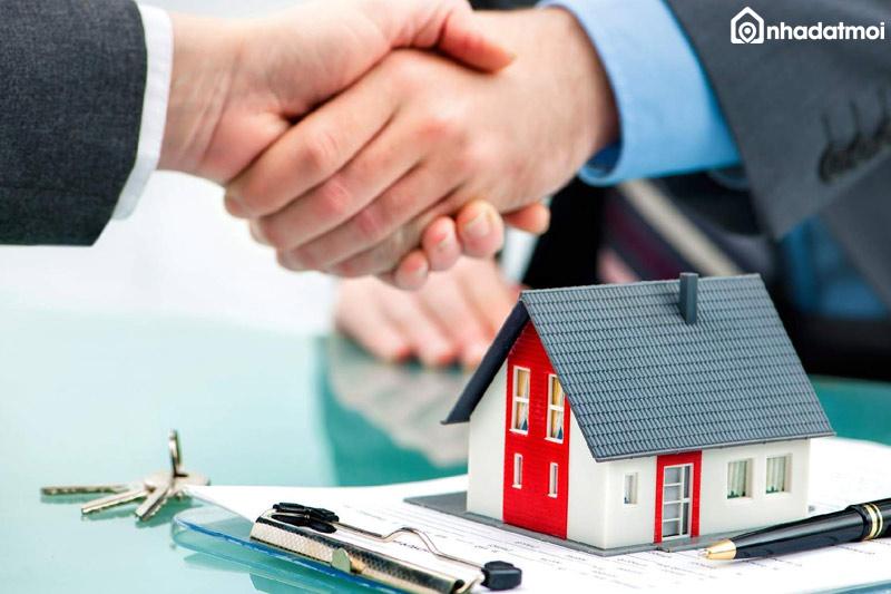 Nhà đất đã đầy đủ Sổ đỏ và giấy tờ hợp pháp có thể đem thế chấp vay vốn ngân hàng với thủ tục đơn giản, nhanh chóng