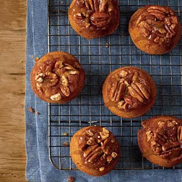 Sticky Bun Pumpkin Muffins