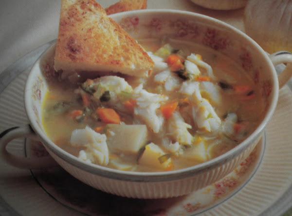 New England Crab Chowder W/ Nutmeg Croutons Recipe