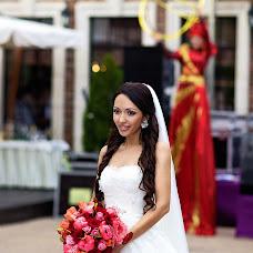 Wedding photographer Sergey Oleynikov (OleynikovS). Photo of 08.04.2014