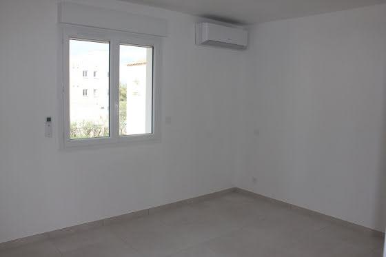 Location divers 4 pièces 100 m2