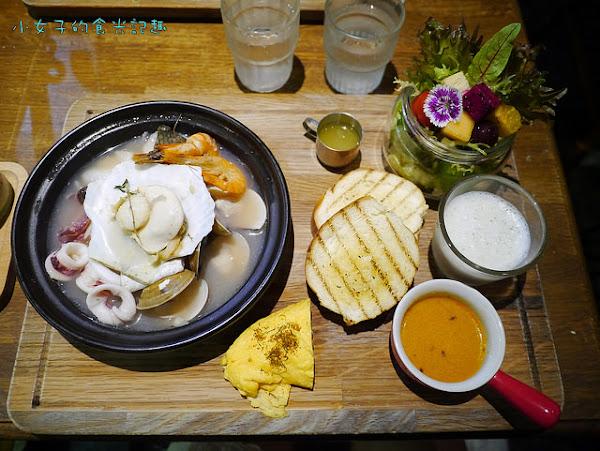 & Brunch~繽紛澎湃美麗花園早午餐,讓人捨不得吃的人氣美食~(文化中心附近)
