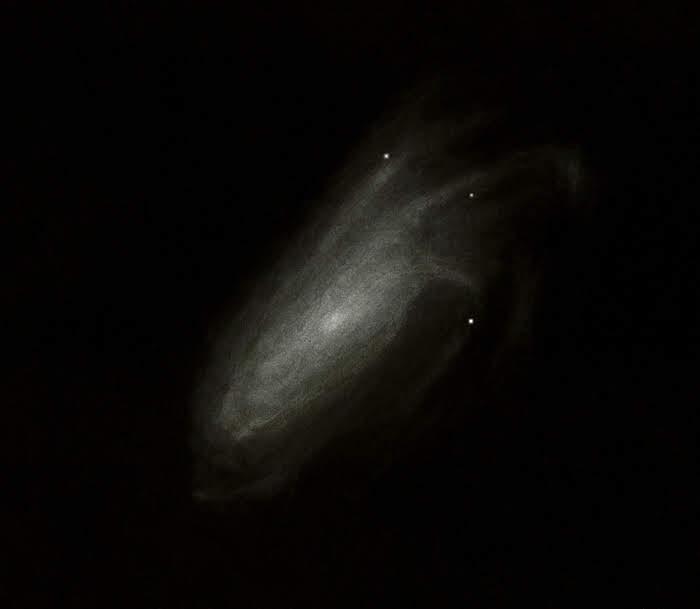 Photo: NGC 4559, galaxie de la Chevelure de Bérénice. En haut à droite, les spires apparaissent assez facilement comme des doigts crochus Au T406 à 220X, NATs mai 2018.