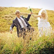 Wedding photographer Evgeniya Berdik (janenaj). Photo of 26.03.2013