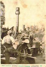 Photo: Ifjabb Vida Lajos (1924–1996) kovácsmester-gépész gőzgépe