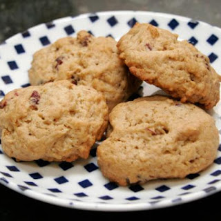Oatmeal Granola Cookies With Dried Cranberries