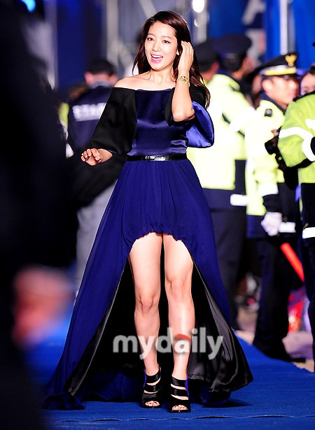 shinhye gown 42