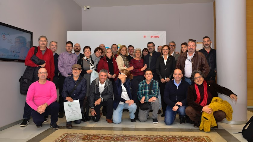 Cierre del encuentro con ponentes, organizadores y  premiados