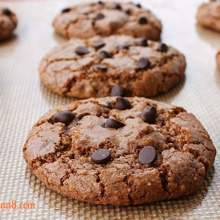 Cinnamon Hazelnut Chocolate Chip Cookies