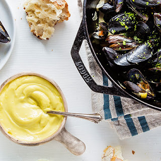 """""""Moules Frites"""" (Mussels and Fries)"""