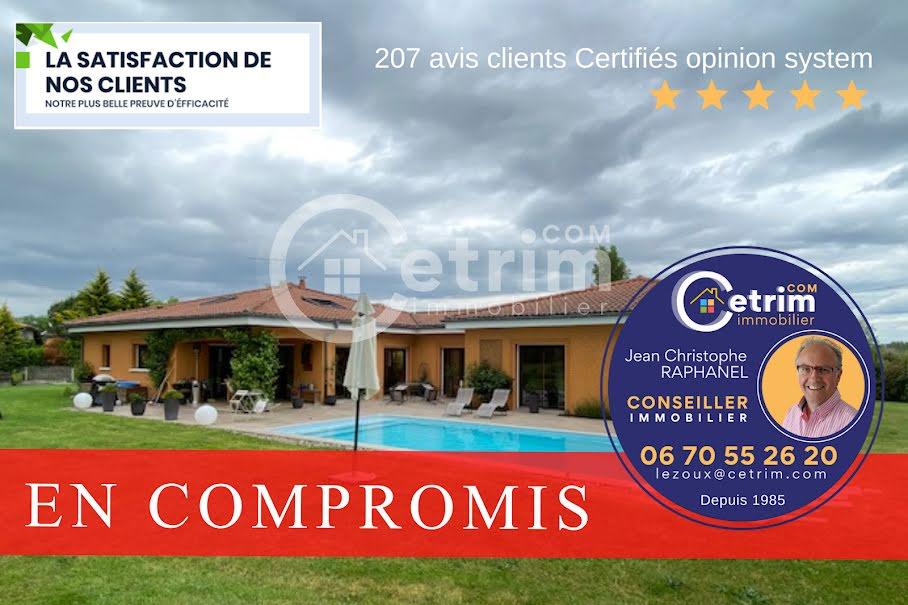 Vente maison 5 pièces 175 m² à Orléat (63190), 430 000 €