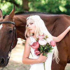 Wedding photographer Vlada Chizhevskaya (Chizh). Photo of 08.08.2017
