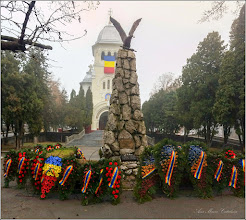 Photo: Turda - Piata Republicii la intersectie cu Piata 1 Decembrie 1918 - Monumentul Aviatorilor  - 2018.12.10