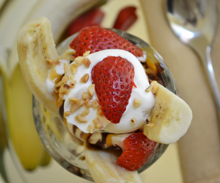 banana split day what s cooking at melissa s national banana split day ...