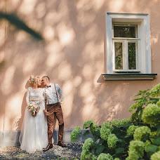 Wedding photographer Elena Senchuk (baroona). Photo of 17.08.2018