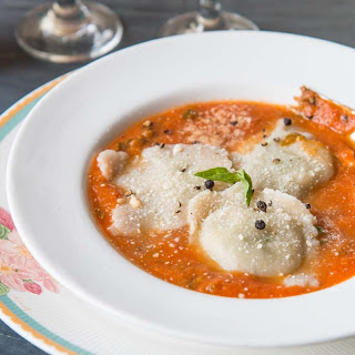 Whole Wheat Spinach Ricotta Ravioli in Creamy Tomato Basil Sauce