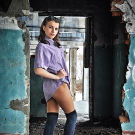 Yulya by Sergey Kuznetsov - People Portraits of Women ( woman, beauty, young, model, girl, posing )