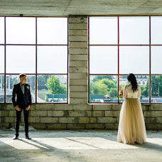 Wedding photographer Anastasiya Smurova (Gweni). Photo of 08.09.2017