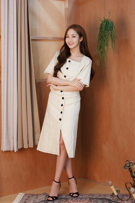 Park MinYoung-01