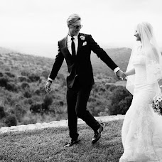 Wedding photographer Vasiliy Tikhomirov (BoraBora). Photo of 12.11.2014