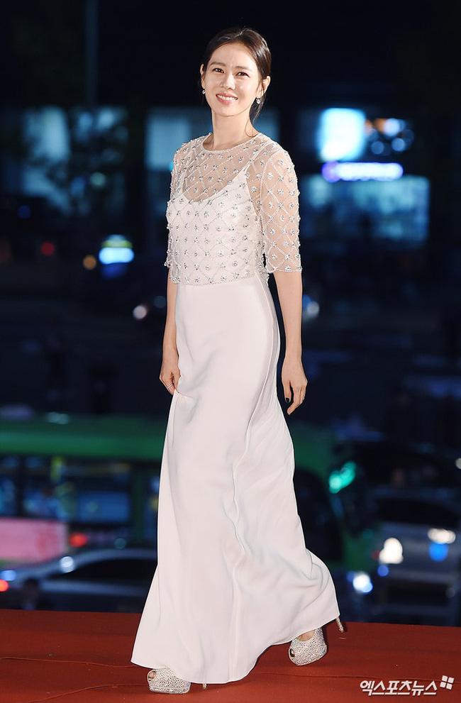 sonyejin gown 55