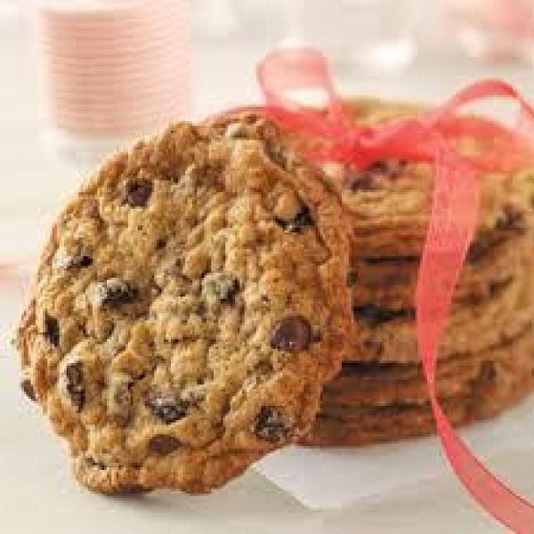 Taste Of Home's Cherry Chocolate Chip Cookies Recipe