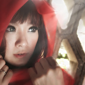 Red Riding Hood by Mario Wibowo - People Portraits of Women ( model, fashion, red, mario wibowo, foto escape, jakarta, nikon, portrait, fotorio )