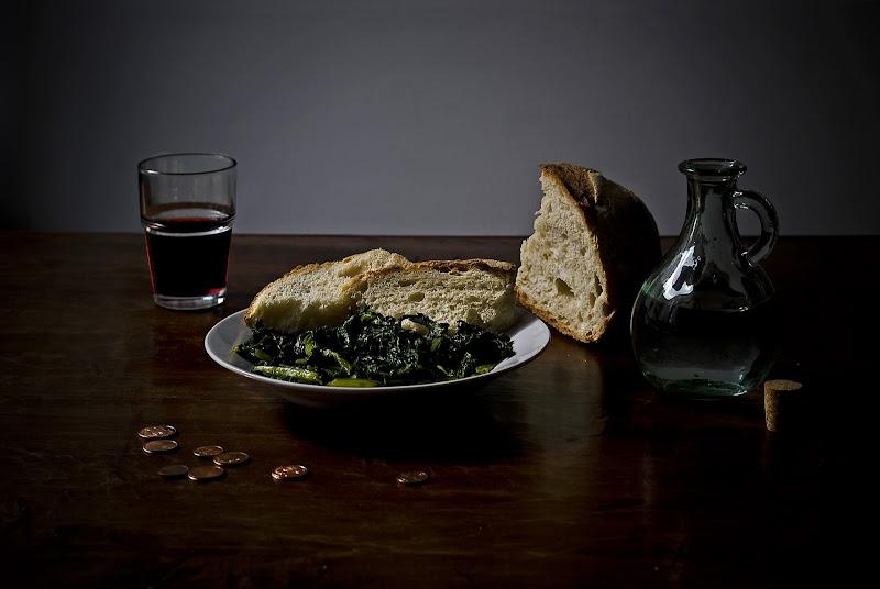 Ridotti a pane, cicoria e vino annacquato di mariarosa-bc