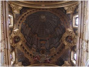 Photo: Iglesia de los Jesuitas. Viena.http://www.viajesenfamilia.it/